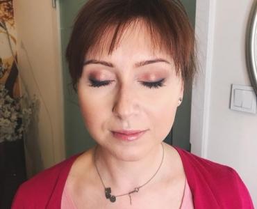 Akademia Urody Ewa Leszczyńska - Makijaż okazjonalny